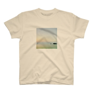 朝海 T-shirts