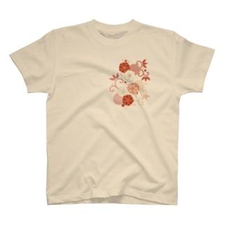 梅と唐草(赤) T-shirts