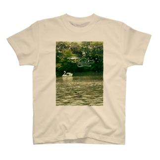 カレーとスワン T-shirts