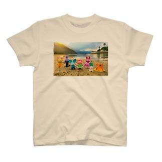 Henteko people T-shirts