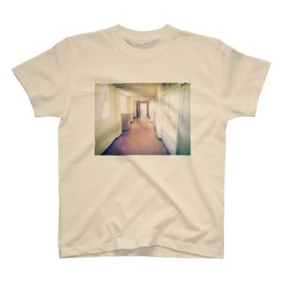 ろうか T-shirts