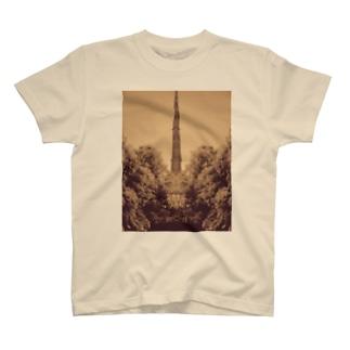 鉄塔 T-shirts