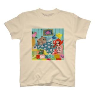 ゴロゴロするねこ T-Shirt