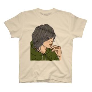 意外とまつ毛長いンだね♪ T-shirts