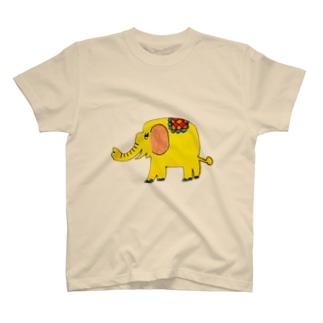 kotoのお店(*´︶`*)のしあわせの黄色いぞう T-shirts