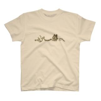 こける受話器 T-shirts