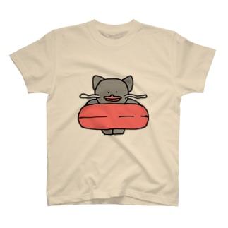 浮き輪とナマズねこ T-shirts