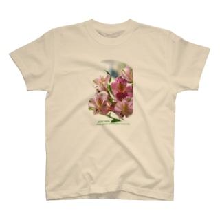 アリストロメリア T-shirts