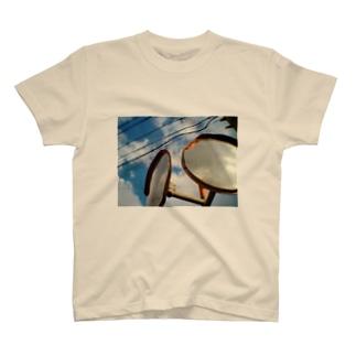 日常的憂鬱 T-shirts