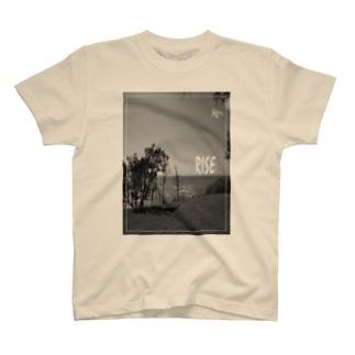 RISE フロントプリントTシャツ  T-shirts