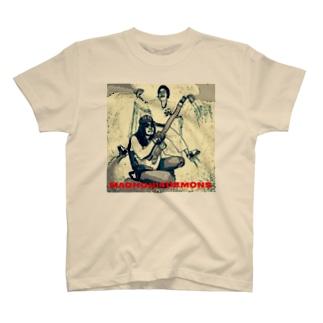 マグナム本田と14人の悪魔セピア T-shirts