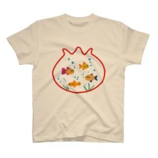 きんぎょばちですいすい T-shirts