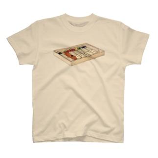 うさぎ色絵の具 T-shirts
