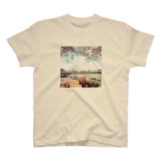 花見 T-shirts