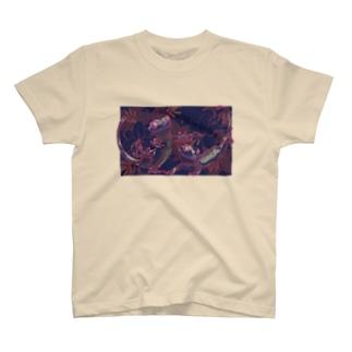 カサブランカとクレステッドゲッコー(パープル) T-Shirt