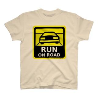 RUN ON ROAD T-shirts