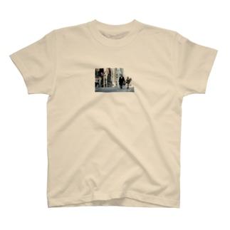 Assassin  meets girl T-shirts