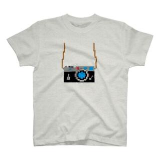 いいカメラを買ったよ! T-shirts