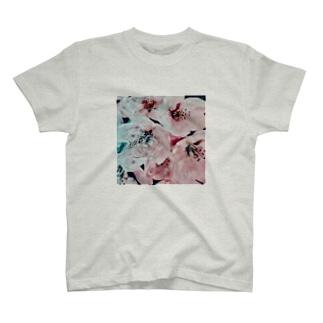 Blossoms : shine  T-shirts