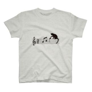 ネコ、音符にイタズラ T-shirts
