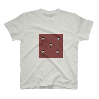 オジオジ T-shirts