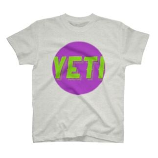 Yeti meets girl (joker) T-shirts