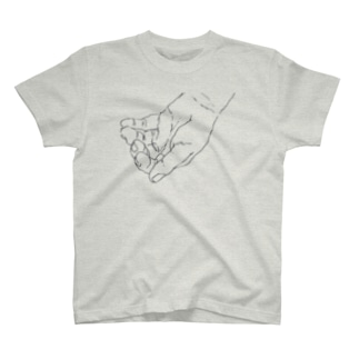 掬う手 T-shirts