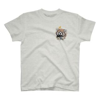 レッサーパンダちゃんと蝶々 T-shirts