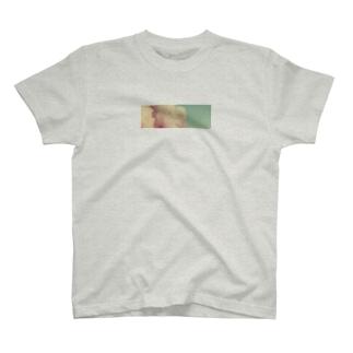 質素に T-shirts