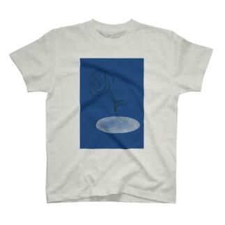 一輪の花・水中花 T-shirts