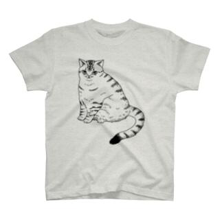 境界線が曖昧な猫 T-shirts