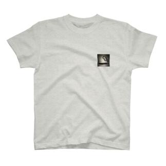 喫煙者 T-shirts