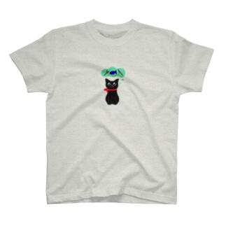 おなかすいた★むーちゃん T-shirts