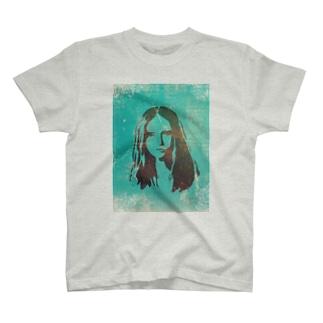 girl#5 T-shirts