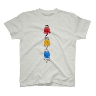 よじよじボタン猫 T-shirts