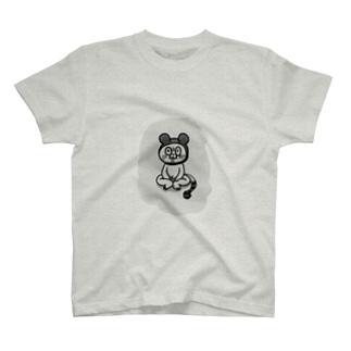 ω T-shirts