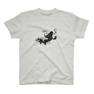 はちわれ猫の鳥獣人物戯画風Tシャツ T-shirts