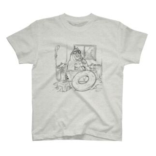 お風呂海水浴ゴリラ T-shirts