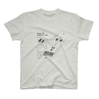 RUNWAY 34R【前面】 T-shirts
