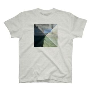 鴨川 T-shirts