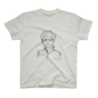照れる少年 ラフ T-shirts
