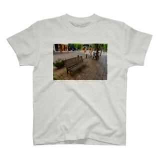 丸の内ベンチTシャツ T-shirts