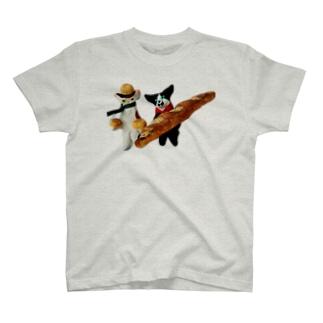 こねこパン02 T-shirts