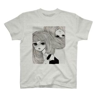 儚げガールズ T-shirts