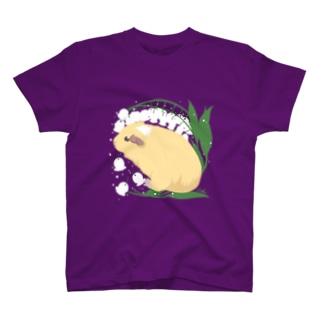 すずらんとモルモット04 T-Shirt