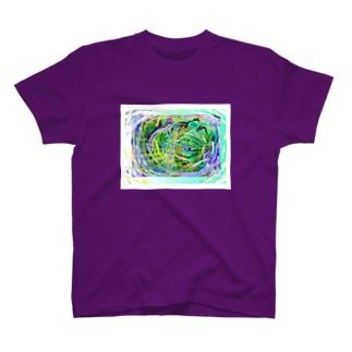 妖怪の国へようこそ T-shirts