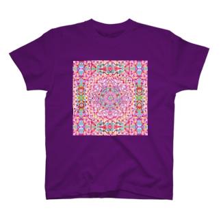 ✨🌈✨RAKKAN✨🌈✨の🌟宇宙の花の曼荼羅cosmos 🌸 T-shirts