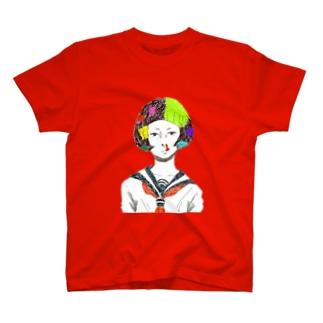 鼻血女子 T-shirts