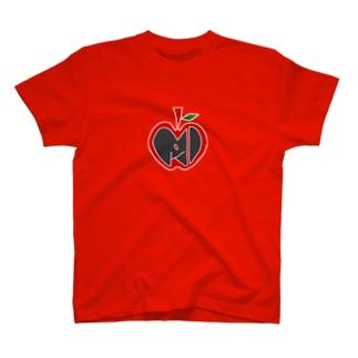 桐島美遊(林檎黒) T-shirts
