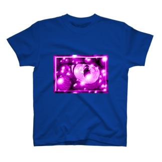 猫の目(Cat's eye)パープル Tシャツ